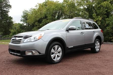 2010 Subaru Outback Premium Pkg.